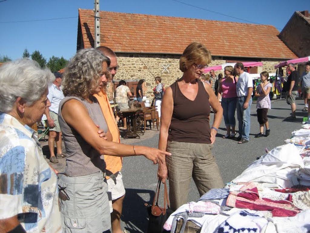 Vakantie_Frankrijk_met_Willy_2009_068 rommelmarkt